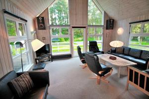 Holiday home 363 in Rømø, Kongsmark for 14 people - image 12077277