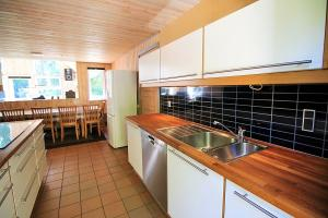 Holiday home 363 in Rømø, Kongsmark for 14 people - image 12077280