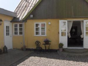 Holiday home 8041 in Møn, Fanefjord for 12 people