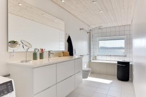 Holiday home 52103 in Sønderballe for 6 people - image 16714044