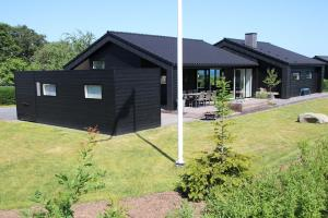 Holiday home 54191 in Høll / Hvidbjerg for 10 people - image 20172834