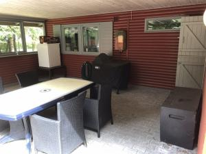 Holiday home 80053 in Lundø for 5 people - image 37006087