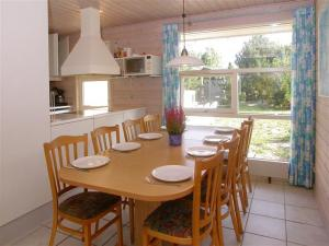 Holiday home 1271 in Marielyst for 10 people - image 12078274