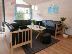 Holiday home 1271 in Marielyst for 10 people - image 12078271
